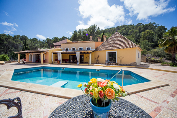 This finca is a perfect starting point for numerous hikings.